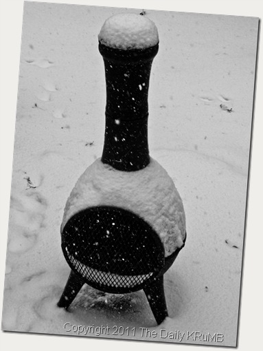 chiminea_in_the_snow